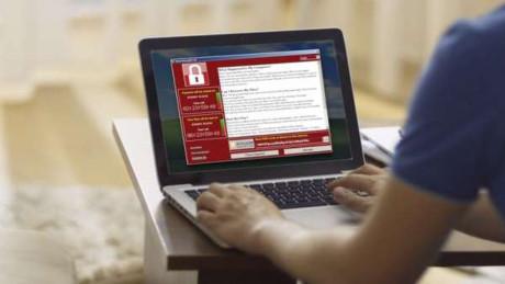 Cẩn trọng với đường link lạ qua email. Cập nhất đẩy đủ hệ điều hành. Nếu đã dính thì tìm lại các bản sao, không trả tiền cho hacker