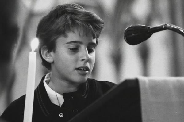 Vai diễn kịch xuất sắc năm 15 tuổi hé lộ tính cách kiên định, tài năng của tân tổng thống Pháp Emmanuel Macron - Ảnh 3.