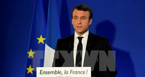 Tổng thống đắc cử Pháp Macron từ chức Chủ tịch phong trào Tiến bước