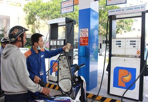 Thuế xăng sẽ tăng thêm 8.000 đồng/lít, người dân có thể mua xăng với giá tăng kỷ lục!