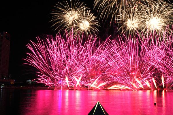 Chi 130 tỷ làm Lễ hội pháo hoa 2017, khách du lịch tới Đà Nẵng tăng gấp rưỡi
