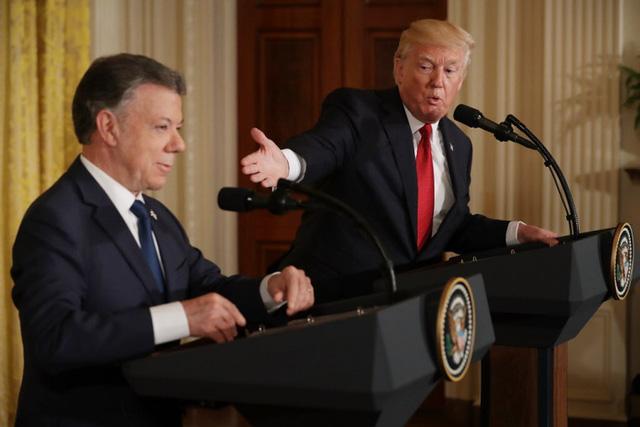 Tổng thống Colombia Juan Manuel Santos và Tổng thống Mỹ Donald Trump