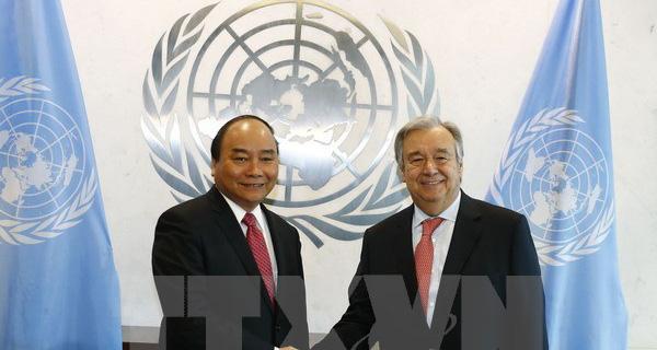 Thủ tướng Nguyễn Xuân Phúc hội đàm với Tổng thư ký Liên hợp quốc