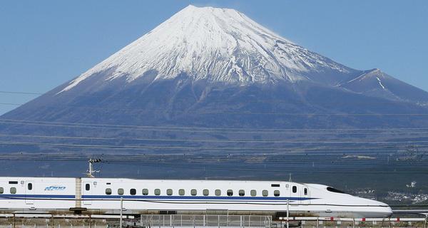 Không chỉ là tàu cao tốc, Shinkansen khiến cả thế giới 'ngả mũ' kính phục Nhật Bản như thế nào?