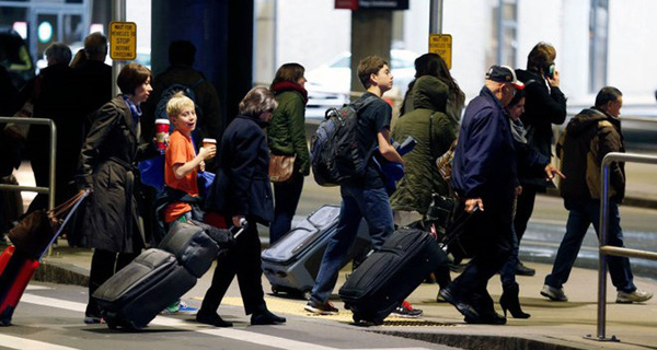 Sắc lệnh hạn chế nhập cư của Tổng thống Mỹ chính thức có hiệu lực