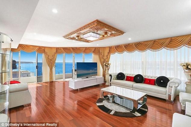 Giá dao động từ 600.000 đôla Australia cho căn hộ studio đến 20 triệu đôla Australia cho căn hộ penthouse.