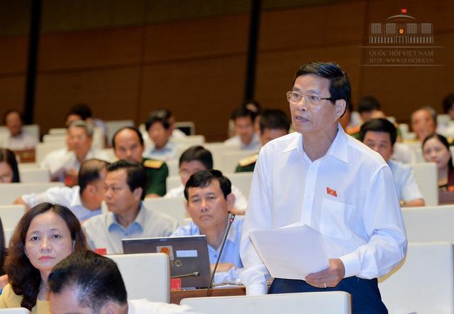 Đại biểu Phạm Trí Thức - tỉnh Thanh Hóa đề nghị cân nhắc khi bổ sung tội về kinh doanh đa cấp trái phép trong dự thảo Luật