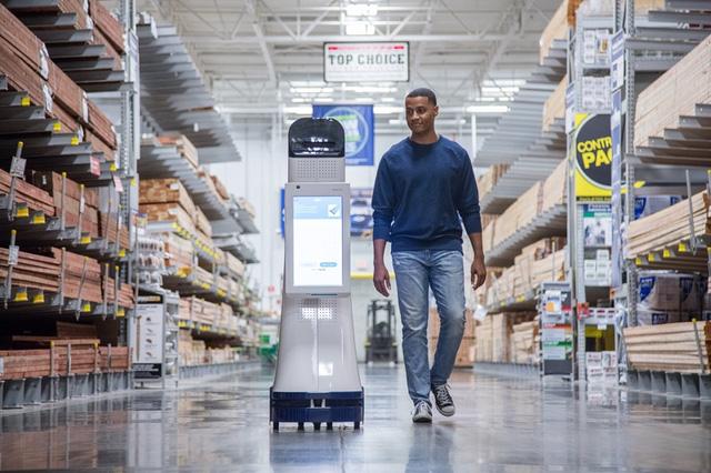 LoweBot giúp tư vấn và tương tác với khách hàng trong siêu thị.