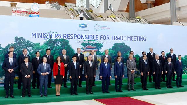 Các nước thống nhất tiếp tục theo đuổi TPP 11 tại hội nghị các bộ trưởng APEC tại Hà Nội ngày 20/5