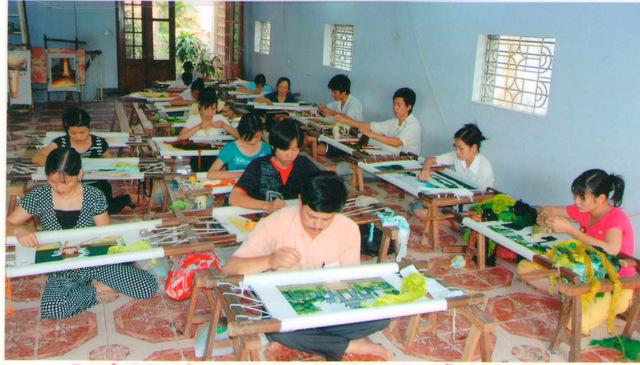 Một làng nghề tranh thêu tay