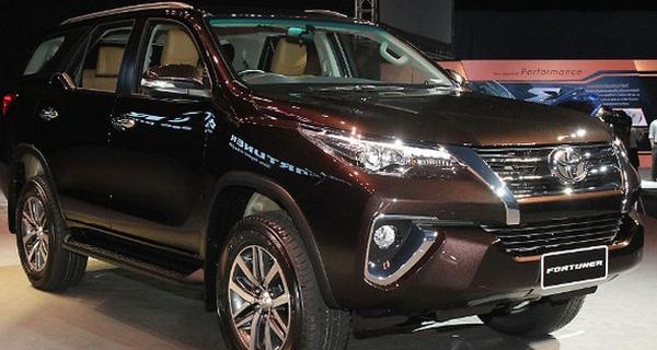 """Lượng ô tô từ Indonesia tăng 66 lần, """"vô địch"""" nhập khẩu vào Việt Nam"""