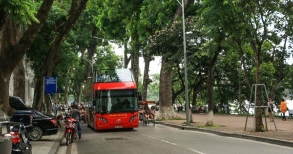Những lo lắng khi đi xe buýt 2 tầng ở Hà Nội