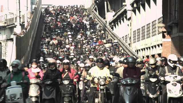 Vì sao Đài Loan đông xe máy nhất thế giới nhưng vẫn không tắc đường? - Ảnh 3.