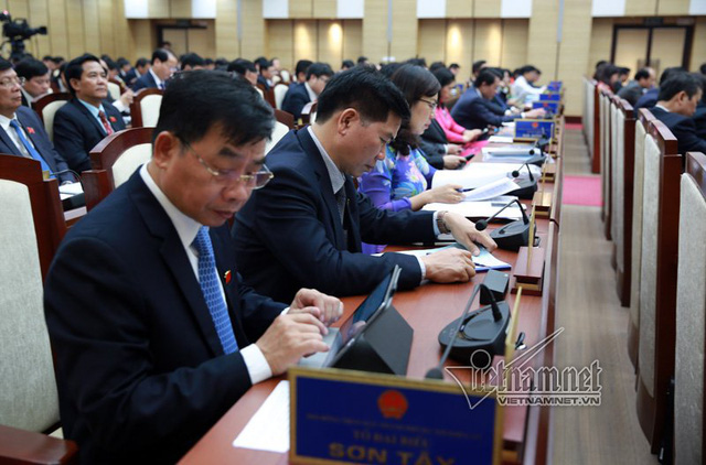 Các đại biểu tham dự kỳ họp HĐND TP. Ảnh: Phạm Hải