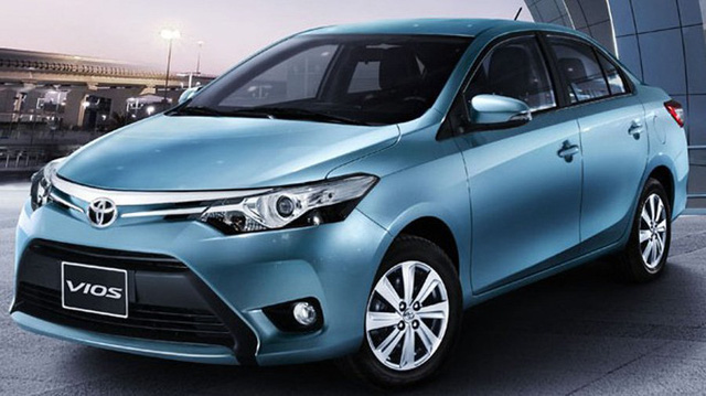 Toyota Vios - mẫu xe ăn khách bậc nhất tại Việt Nam - cũng phải giảm giá bán.